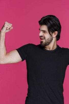 Körpersprache mann heimlich verliebt